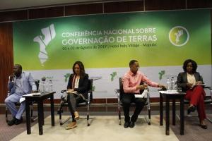 Conferência Nacional sobre Terras